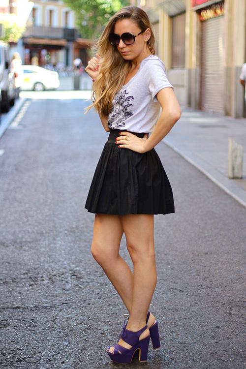 look falda de cuero negra