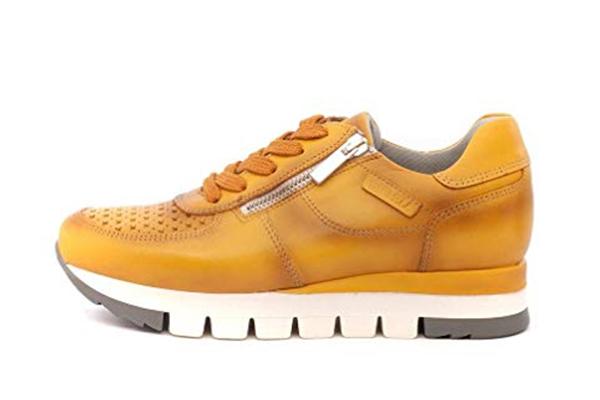 zapatos deportivos de piel