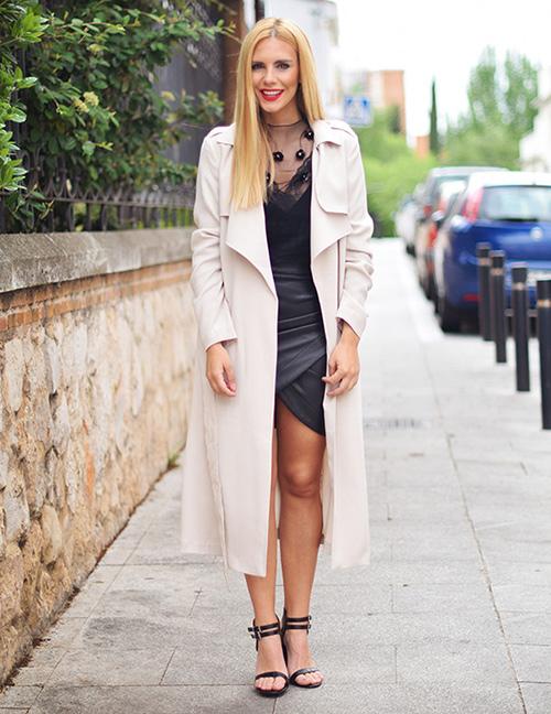como vestir una mujer bajita