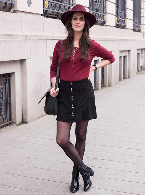 look falda con botones