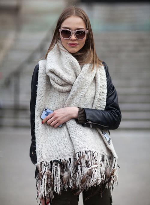 cómo combinar mi maxi bufanda
