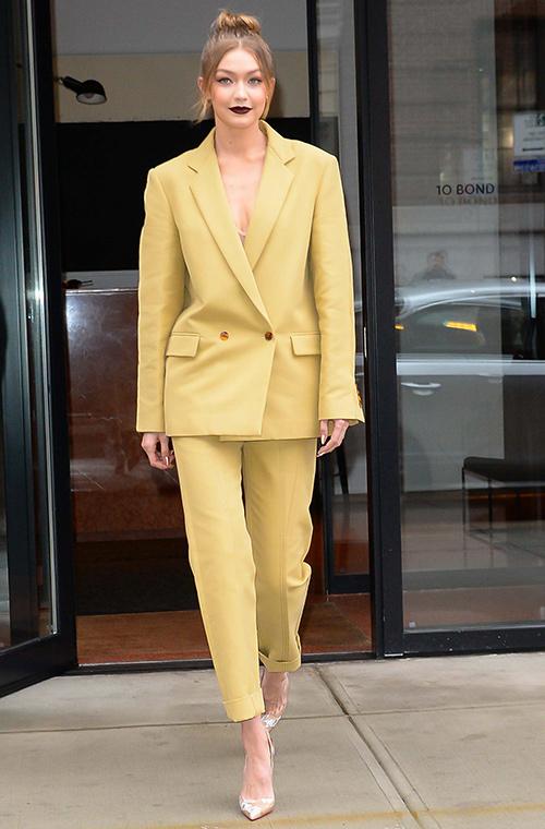 vestido de mujer traje de chaqueta
