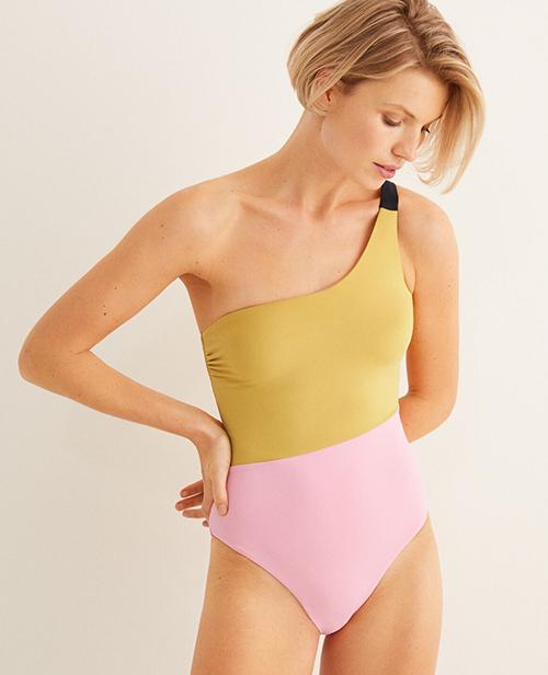 bikini pecho grande