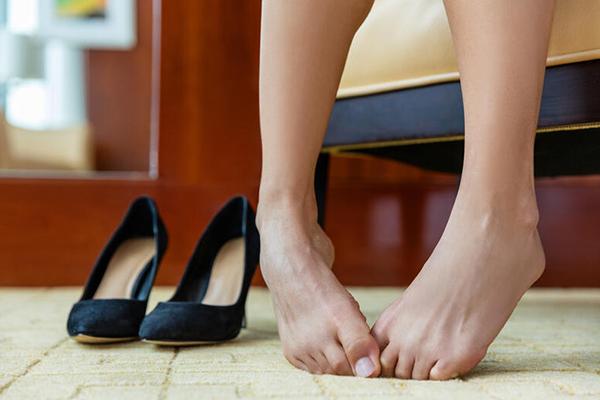 como hacer para que el zapato no resbale