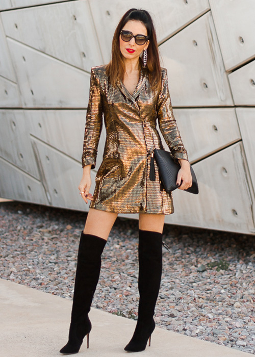 looks de moda vestido dorado