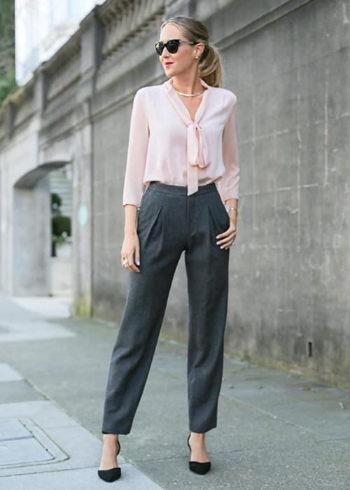 Como Combinar Un Pantalon Gris De Mujer Guia