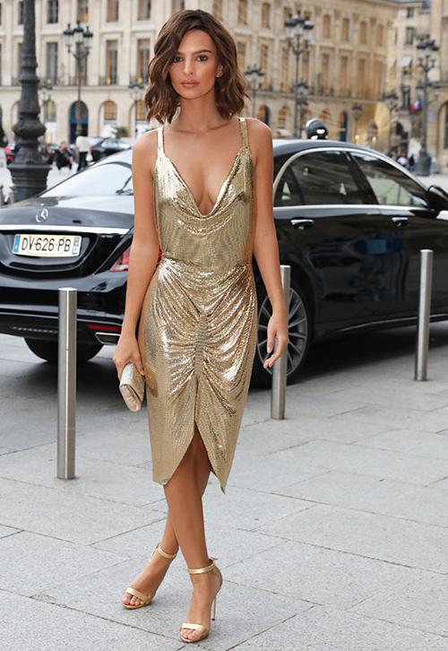 vestido corto dorado
