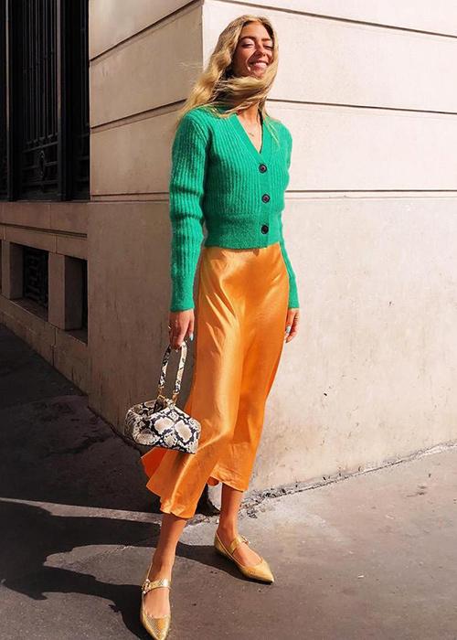 falda midi amarilla