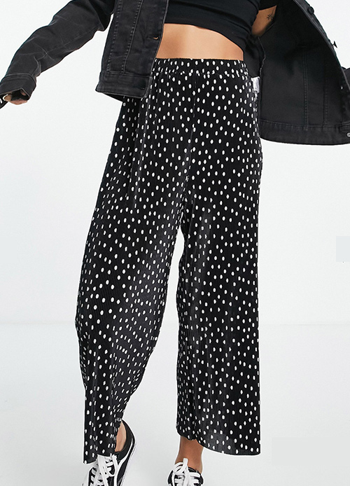 pantalón negro ancho