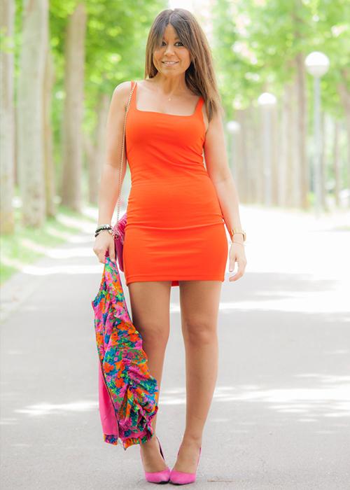 vestido corto naranja