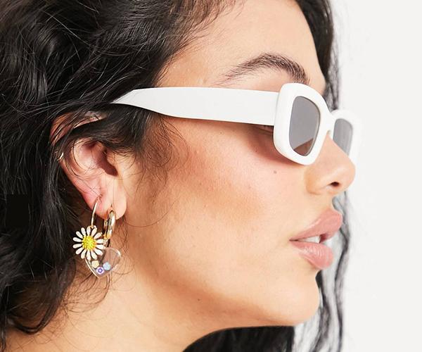 chica gafas