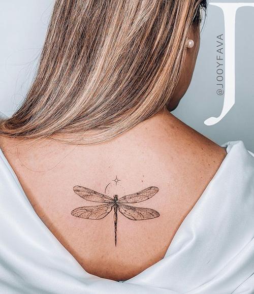 tatuajes columna mujer